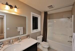 R-Bathroom2