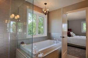 Westmount-Bathroom1